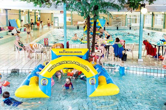 Tourist-Info-Het-Reestdal_CT_bekijkendoen_met-kinderen_waterpret-zwembad-Hesselingen-Meppel-01