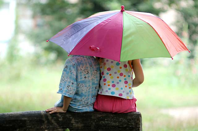 Tourist-Info-Het-Reestdal_CT_kinderen-vermaak-spelen-regen