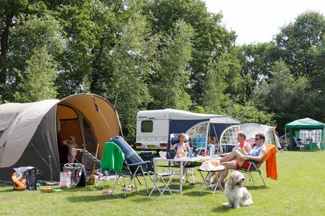 Tourist-Info-Het-Reestdal_CT_overnachten_campings_De-Vossenburcht-3