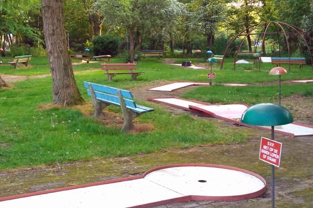 Tourist-Info-Het-Reestdal_CT_bekijkendoen_kinderen_leuke-activiteiten_midgetgolf_midgetgolfbaan-bad-Hesselingen-Meppel