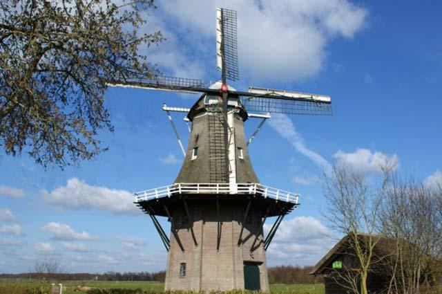 Tourist-Info-Het-Reestdal_CT_bekijkendoen_recreatie-vrije-tijd_actief-sportief_bedrijven-bezoeken-molen-de-Star-Balkbrug