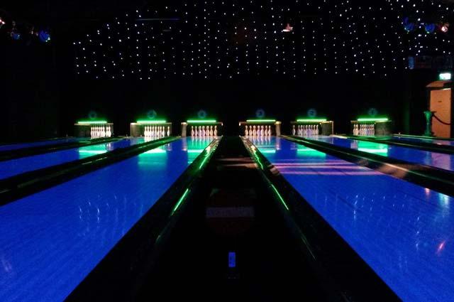 Tourist-Info-Het-Reestdal_CT_bekijkendoen_recreatie-vrije-tijd_actief-sportief_overige-balsporten_PINZ-bowling-bowlen-Meppel