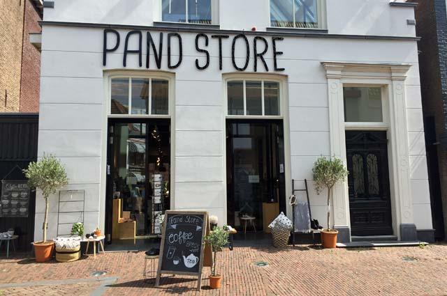 Tourist-Info-Het-Reestdal_CT_bekijkendoen_recreatie-vrije-tijd_winkelen_winkelen-in-Meppel-pand-store