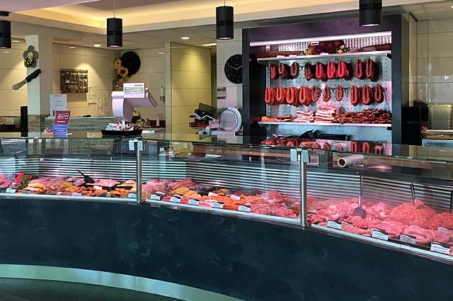 Tourist-Info-Het-Reestdal_CT_bekijkendoen_recreatie-vrije-tijd_winkelen_winkelen-in-Staphorst-uw-slager-Buitenhuis