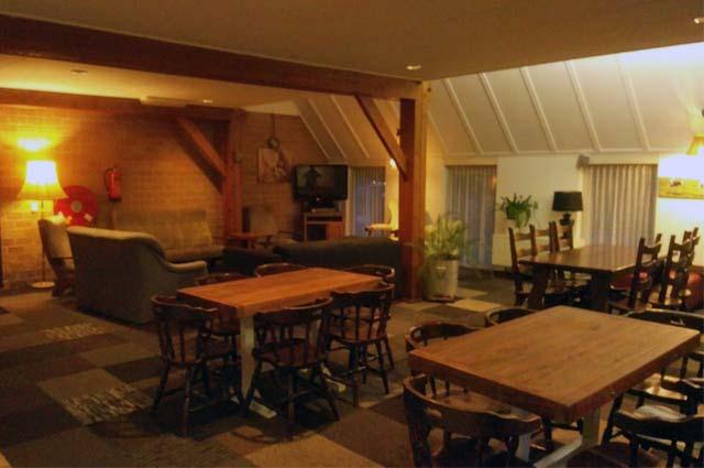 Tourist-Info-Het-Reestdal_CT_overnachten_groepsaccommodaties_kampeerboerderij-Olde-Strik-IJhorst-interieur
