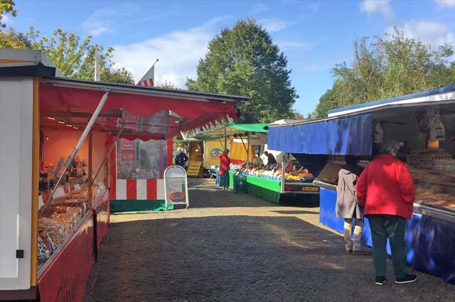 Tourist-Info-Het-Reestdal_CT_bekijkendoen_recreatie-vrije-tijd_winkelen_winkelen-in-Zuidwolde-weekmarkt