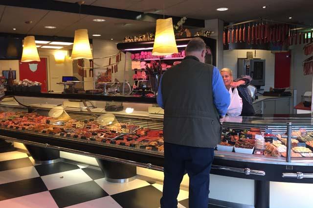 Tourist-Info-Het-Reestdal_CT_bekijkendoen_recreatie-vrije-tijd_winkelen_winkelen-in-Zuidwolde_slagerij-Bouwman-gildeslager