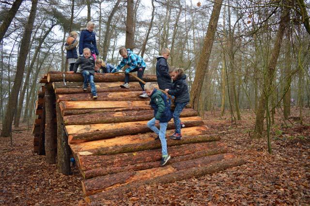 Tourist-Info-Het_Reestdal-CT_bekijkendoen-met-kinderen_beleefpaden-belevingsbos-Kerkenveld.jpg
