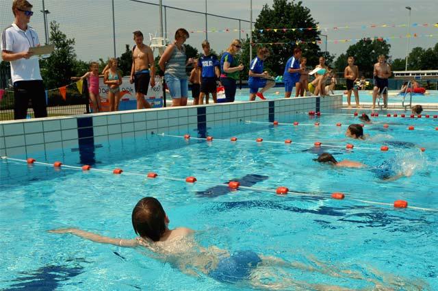 Tourist-Info-Het-Reestdal_CT_bekijkendoen_recreatie-vrije-tijd_zwemmen-zwembad-de-Meule-Nieuwleusen