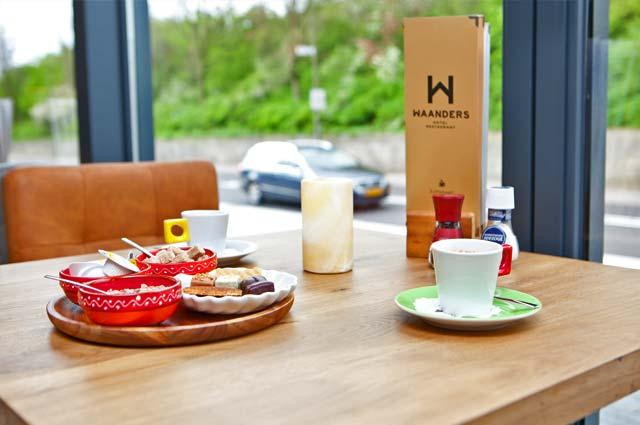 Tourist-Info-Het-Reestdal_CT_eten-drinken_restaurants_hotel-restaurant-Waanders-Staphorst-koffie