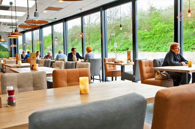 Tourist-Info-Het-Reestdal_CT_eten-drinken_restaurants_hotel-restaurant-Waanders-Staphorst-serre