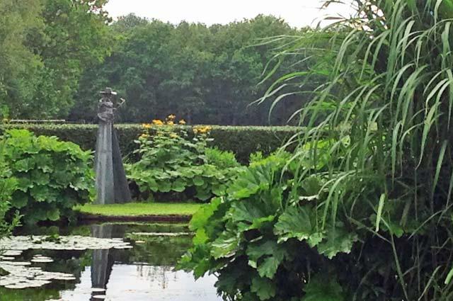 Tourist-Info-Het-Reestdal_CT_natuur-tuinen_tuinen_Chris-Bruinsma-Zuidwolde-vijver