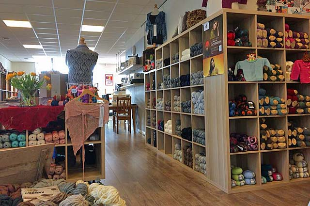 Tourist-Info-Het-Reestdal_CT_bekijken-doen_winkelen_winkelen-de-Wijk-Koekange-quiltpalace-de-wolmand-interieur