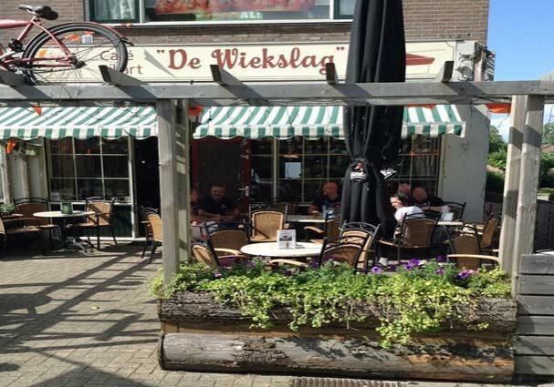 Tourist-Info-Het-Reestdal-CT_etendrinken_restaurants_cafe-de-wiekslag-terras-de-Wijk