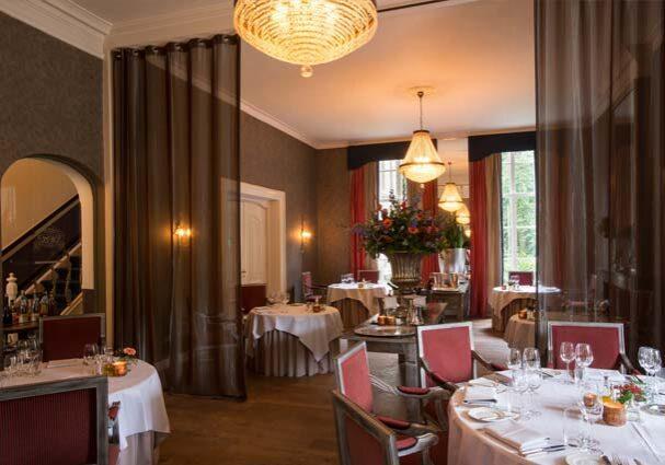 Tourist-Info-Het-Reestdal-CT_etendrinken_restaurants_chateauhotel-restaurant-De-Havixhorst-eetzaal