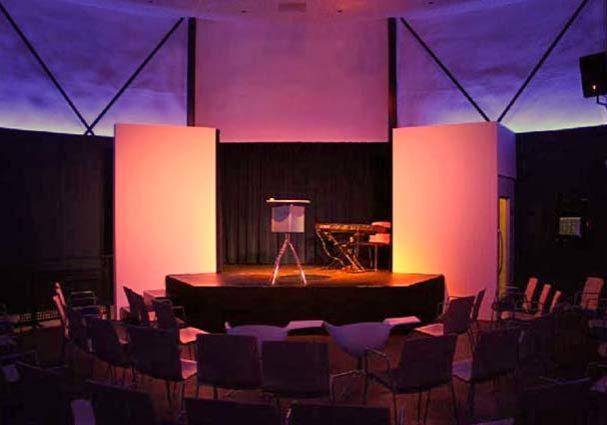 Tourist-Info-Het-Reestdal_CT_bekijkendoen_kunst-cultuur_theater_gashouder-podium-dedemsvaart