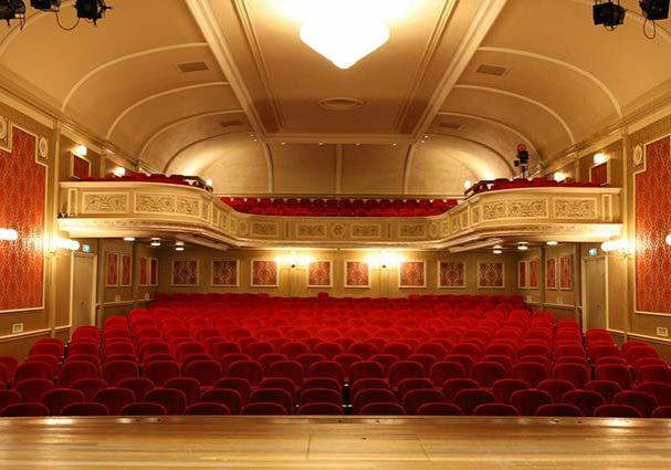 Tourist-Info-Het-Reestdal_CT_bekijkendoen_kunst-cultuur_theater_schouwburg-Ogterop-Meppel