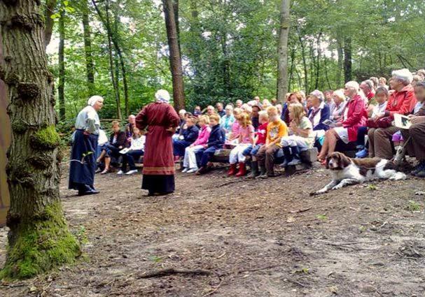 Tourist-Info-Het-Reestdal_CT_bekijkendoen_kunst-cultuur_theater_theaterkuil-de-falieberg-Zuidwolde