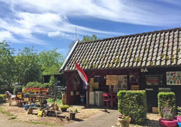 Tourist-Info-Het-Reestdal_CT_overnachten_campings_camping-De-Havixhorst-receptie
