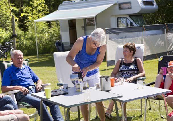 Tourist-Info-Het-Reestdal_CT_overnachten_campings_camping-si-es-an-Balkbrug