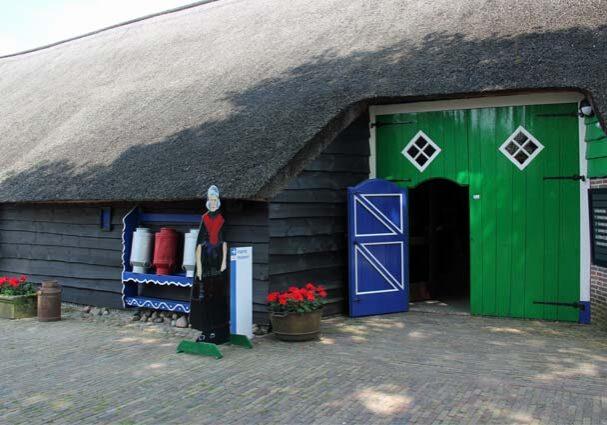 Tourist-Info-Reestdal_CT_bekijkendoen_kunst-cultuur_musea_museum-Staphorst